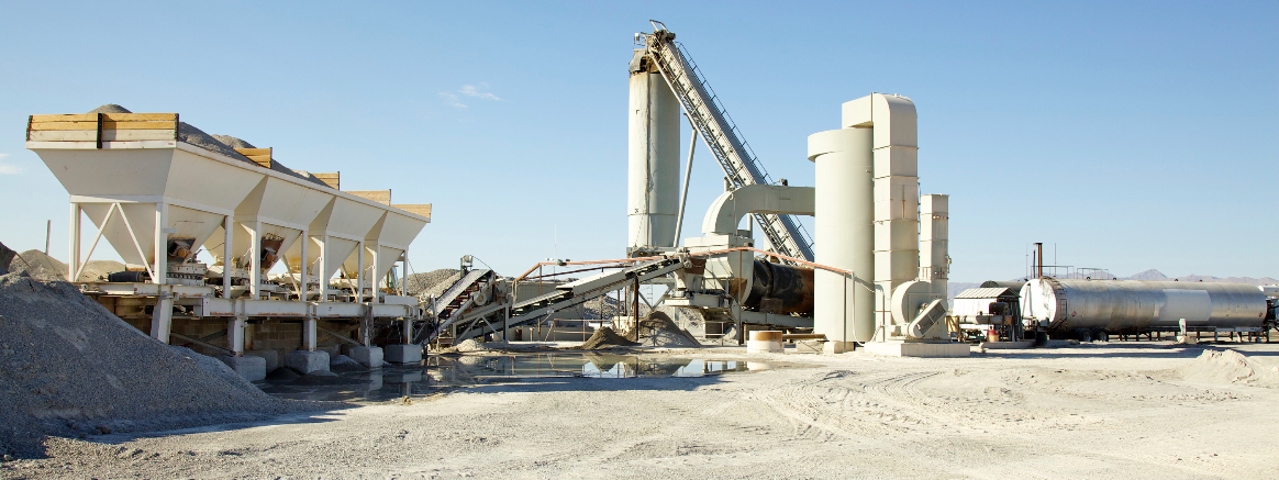 Wulfenstein Construction Company owns a 1998 BDM 432 TPH hot-mix plant, shown here, as well as a portable ADM plant.
