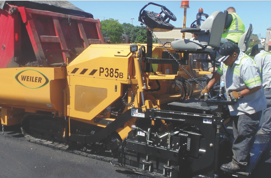 Weiler P385B commercial paver