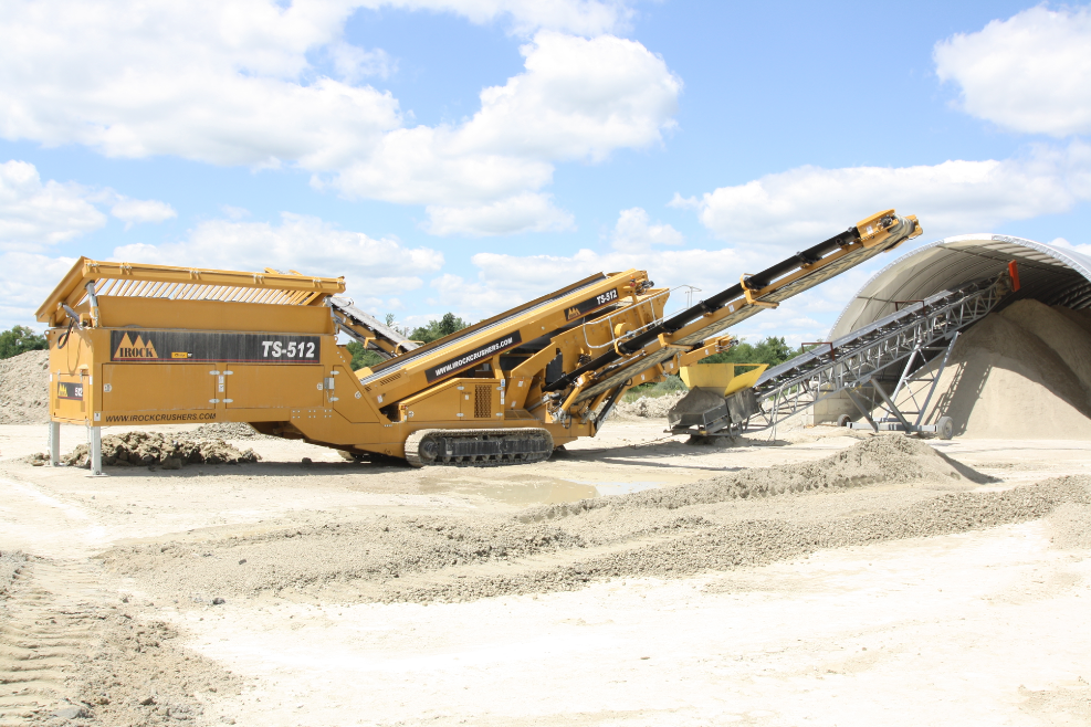 IROCK's two-deck TS-512 portable tracked screening plant is portable.