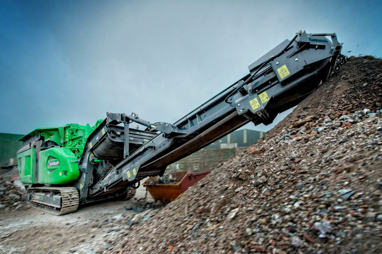 The new Cobra 230 impact crusher from EvoQuip worked at the Blue Open Day in July.