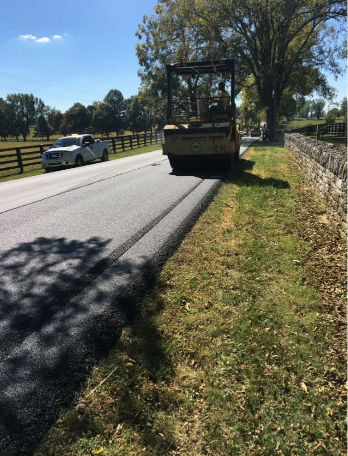 A low gyration mix like the one used on the U.S. 62 job, seen here, is designed to require less effort to achieve compaction.