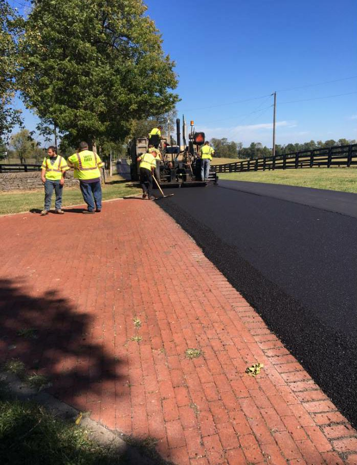 Here, you can see ATS placing the asphalt mat with low gyration (65 gyration) mix.