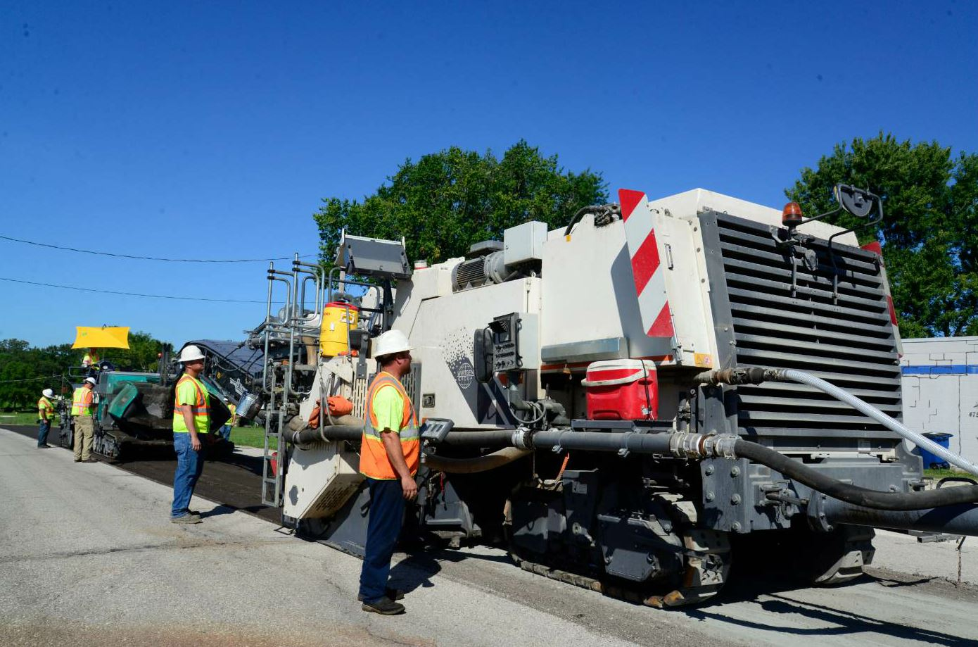 N.B. West used the 3800 CR to foam-recycle the roadway on Old Route 66.