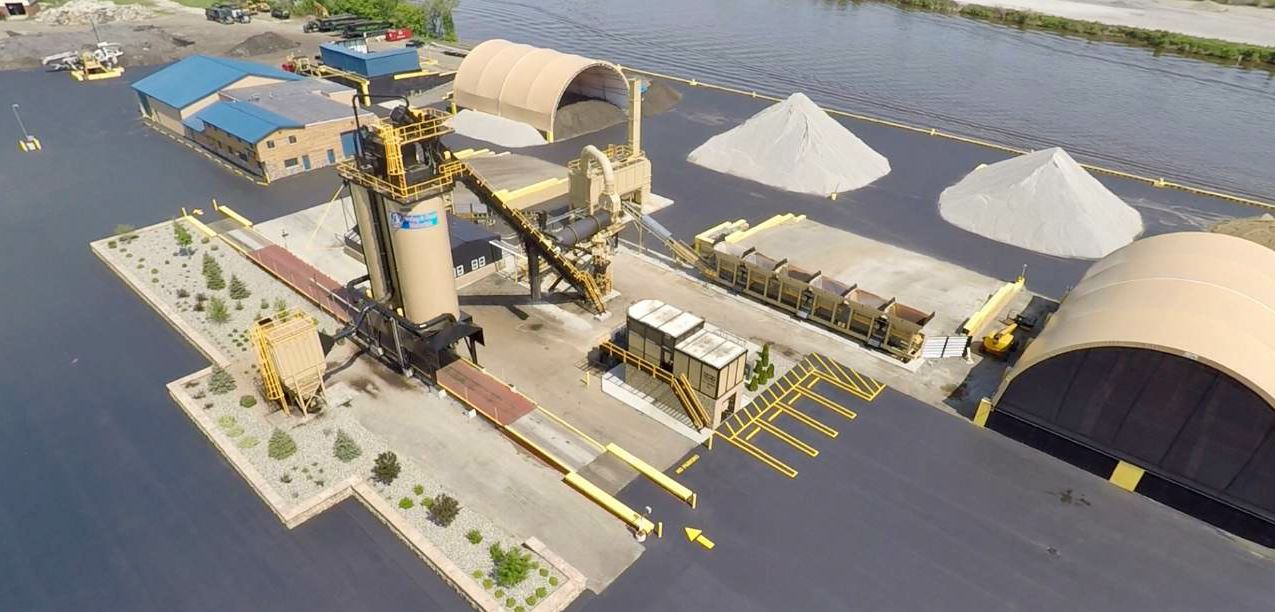 Yeager Asphalt chose an ALmix plant that offered them room to grow, supporting between 100,000 and 120,000 tons per year at maximum capacity.
