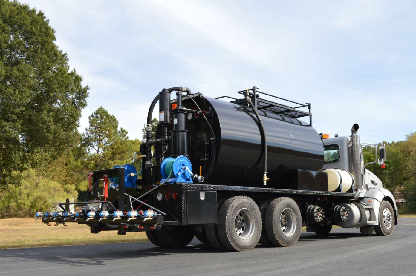 The DA 350 from Neal Manufacturing is a drivable machine that makes up half of the manufacturer's new Asphalt Road Preservation Package.