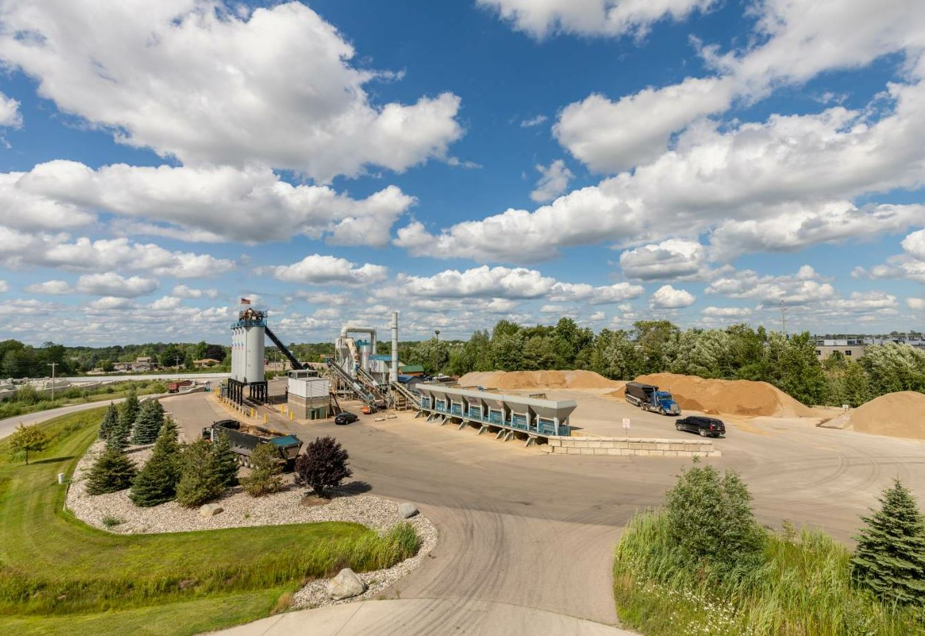 The entire Superior Asphalt Inc. Dutton plant site is paved to keep dust to a minimum and the yard is swept daily. Trucks must adhere to a speed limit to help keep dust down as well. All photos by Robert Stone, Grand Rapids, Michigan, courtesy Superior Asphalt Inc.