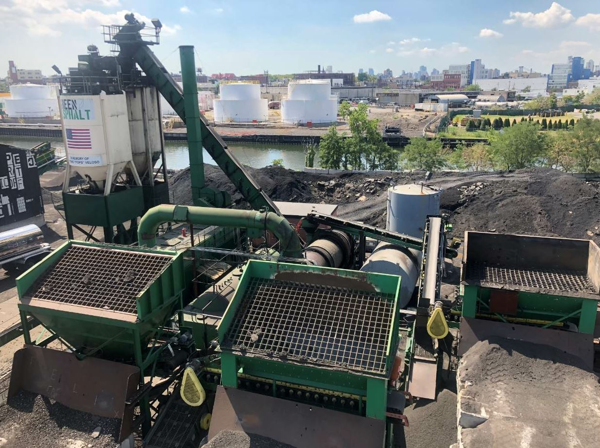 Green Asphalt's 100 percent RAP asphalt mix is approved for use in New York DOT and New York City Department of Design and Construction projects.