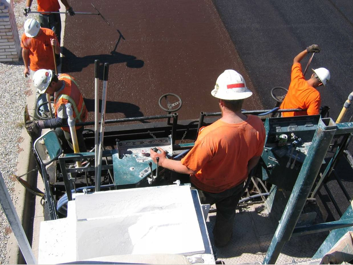 The Bergkamp EMCAD system is included on the M310E paver.