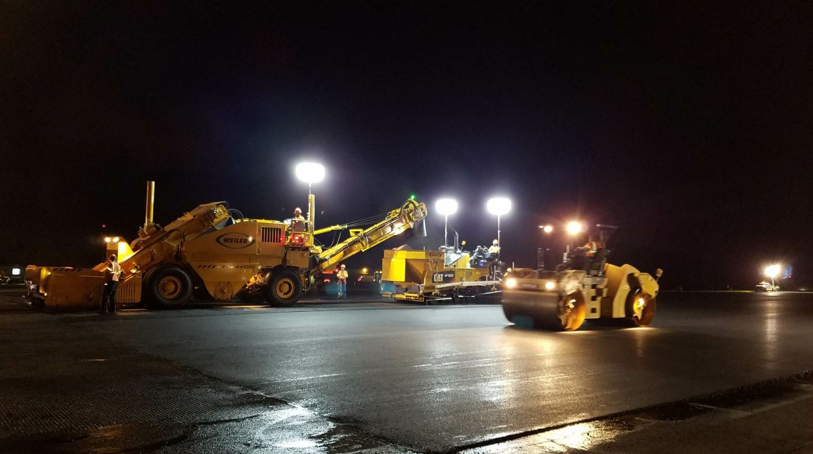 Most of Chemung's asphalt paving projects are DOT maintenance paving. Dalrymple estimates that around 25 percent of the company's asphalt paving is airport work, 5 percent is private, and the rest is DOT and municipal work.