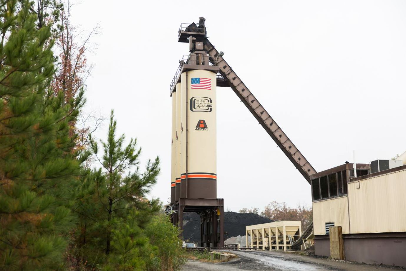Colony's first asphalt plant was an Astec 300 TPH drum plant with three silos that opened in Powhatan in March of 2008.