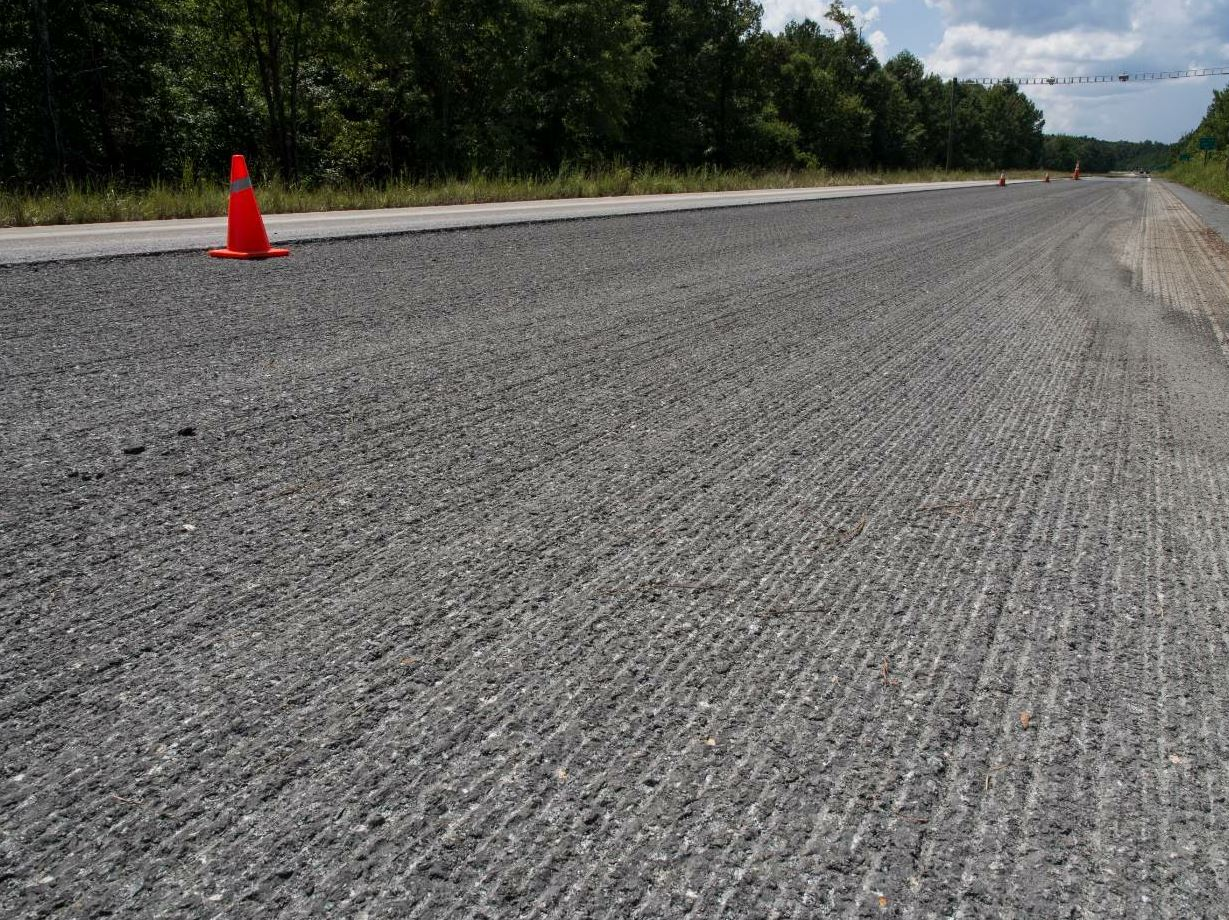 The crew first milled the existing pavement on the track. Photo courtesy NCAT.