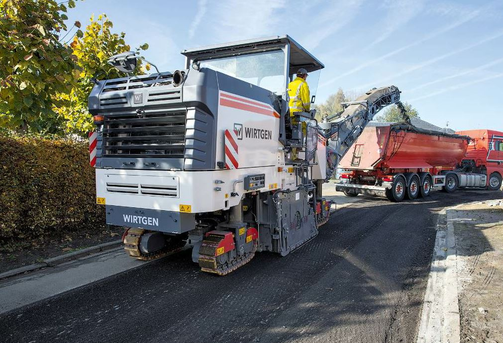 The W 150 CFi cold mill from Wirtgen Group