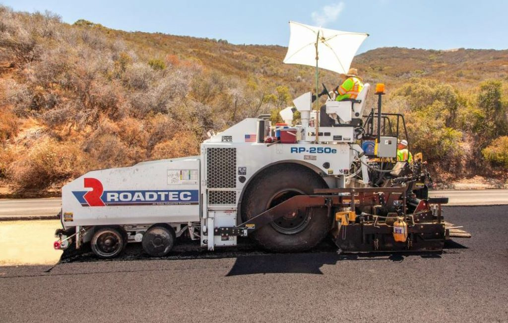 Roadtec's RP-250 features a large footprint that provides increased traction and flotation.