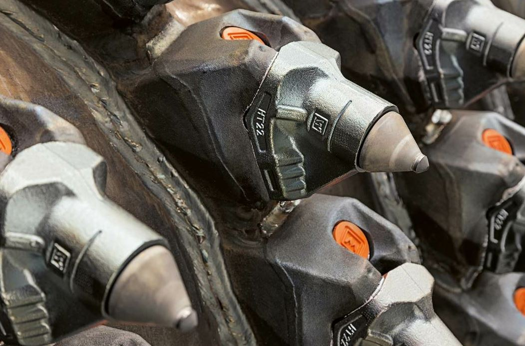 The PCD tools from Wirtgen are designed to provide a long service life and consistent milling pattern.